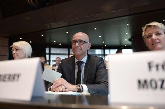 Frédéric Bierry lors de son élection à la tête du conseil départemental du Bas-Rhin, le 2 avril 2015.