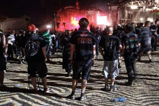 Des festivaliers lors de l'édition 2014 du Hellfest à Clisson.