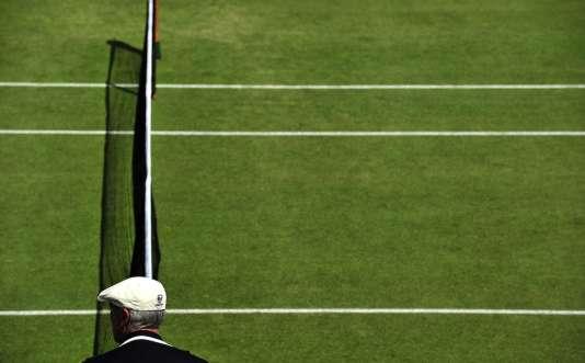 Un arbitre lors du tournoi de Wimbledon, en 2011.