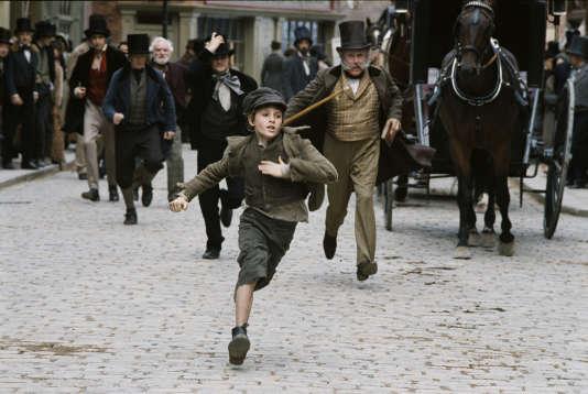 Barney Clark est Oliver Twist dans la version de 2005 réalisée par Roman Polanski.