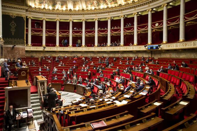 Débat sur l'état d'urgence et la révision constitutionnelle à l'Assemblée nationale à Paris, lundi 8 février 2016 - 2016©Jean-Claude Coutausse / french-politics pour Le Monde