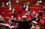 Bernard Debré (de dos), lors du débat sur l'état d'urgence et la révision constitutionnelle à l'Assemblée nationale à Paris, lundi 8 février.