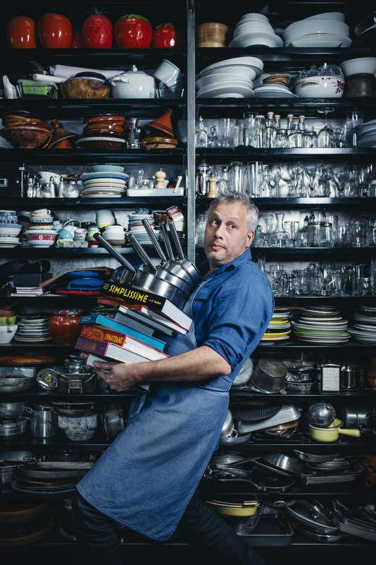 Jean-François Mallet, cuisinier, major de l'Ecole Ferrandi, photographe culinaire, chez lui à Paris.