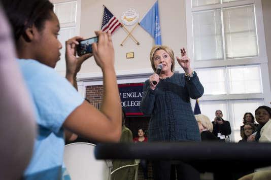 Hillary Clinton à Henniker dans le New Hampshire le 8 février 2016.