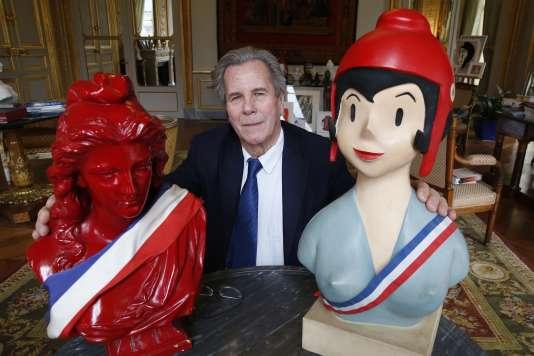 Jean-Louis Debré, président du conseil Constitutionnel (2007-2016), collectionne les Marianne.