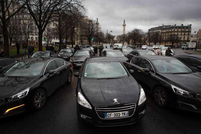 Uber organise, mercredi 22 février, une première réunion avec les représentants de chauffeurs VTC dans le but de lancer la mise en œuvre d'une commission de soutien aux chauffeurs en difficulté.