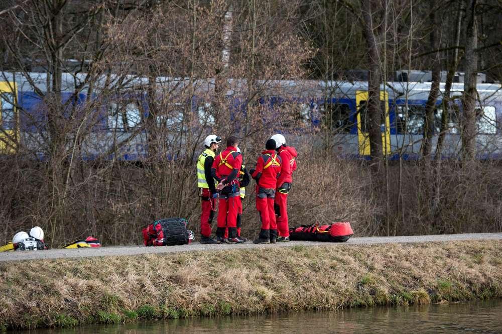 L'accident a eu lieu à 6 h 38 du matin, dans un endroit difficile d'accès pour les secouristes.