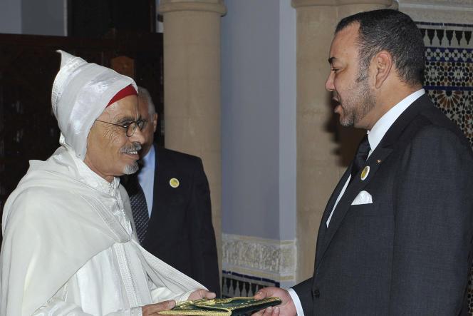 Le roi du Maroc, Mohammed VI nomme Ahmed Ould Souilem, un deserteur du Polisario, comme ambassadeur du royaume en Espagne, le 26 novembre 2010.