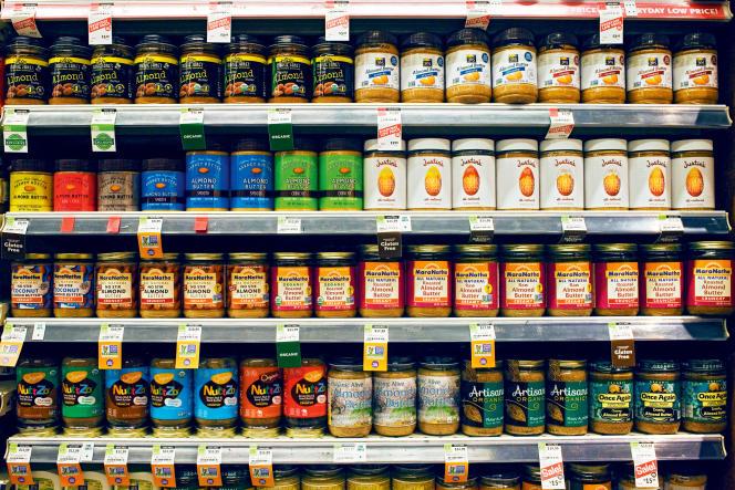 L'amande sous toutes ses formes est devenue, en Californie, la star des supermarchés et des coffee-shops.
