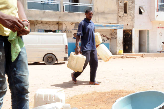 Dans le quartier de Grand Yoff, à Dakar.