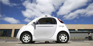 Démonstration d'uneGoogle car en mai 2015 en Californie. (AP Photo/Tony Avelar, File)