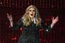 Lartiste Adele, numéro un des ventes en 2015, produite par Beggars demeure réticente au streaming.