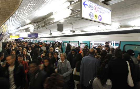 A la station Saint-Lazare, un jour de grève.
