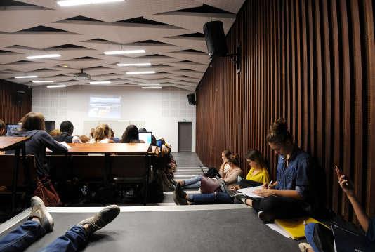 Un cours de psychologie, l'une des filières en tension, à l'université Paul-Valéry de Montpellier.