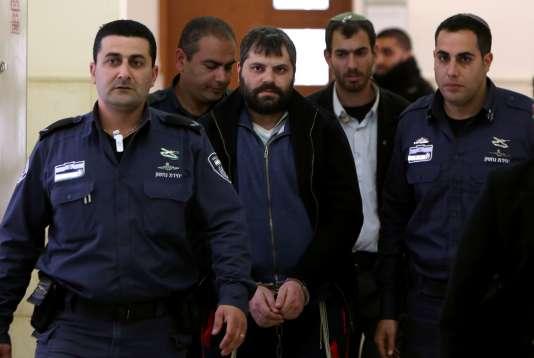 Yosef Haim Ben David (au centre) au tribunal de Jérusalem, le 11 février.