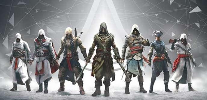 Les différents héros des épisodes canoniques d'Assassin's Creed, tous sortis entre 2007 et 2015.