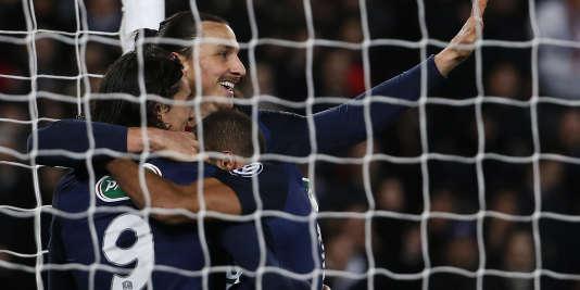 Ibrahimovic et Cavani, face à Lyon, le 10 février.