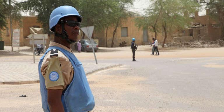 Un soldat de la Mission des Nations unies au Mali (Minusma) à Tombouctou, en avril 2015.