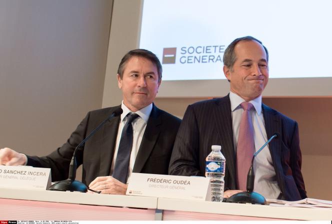 Le directeur général délégué de la Société générale, Bernardo Sanchez Incera, et le directeur général, Frédéric Oudéa, présentent les résultats de leur banque, à Paris, le 11 février 2015.