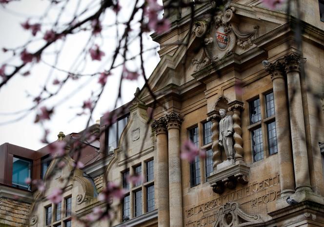 Oxford a enregistré 230départs d'enseignants européens.
