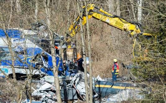 Des enquêteurs allemands près de Bad Aibling (Bavière), le 12 février.