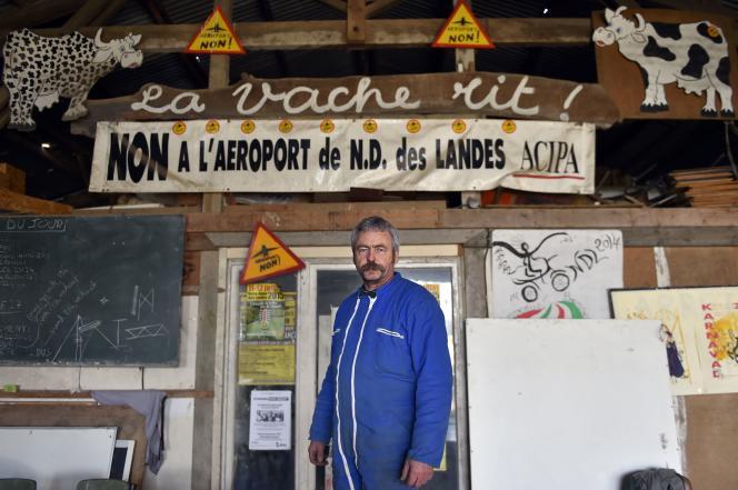 Sylvain Fresneau, un agriculteur dont la ferme, sises sur le site du projet d'aéroport de Notre-Dame-des-Landes, est menacée d'expulsion, le 12 février.