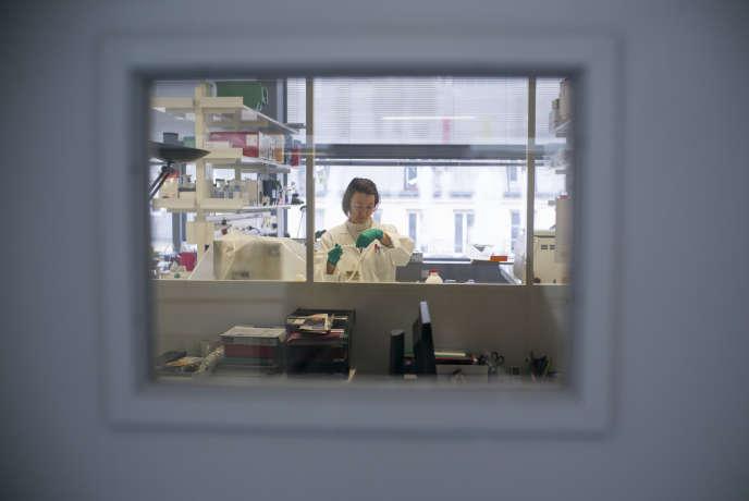 Imagine, le tout récent Institut de recherche sur les maladies génétiques, est installé sur le campus de l'hôpital Necker, à Paris.