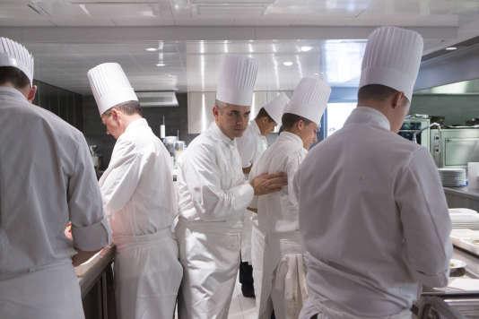 Le chef s est tu - Commis de cuisine suisse ...