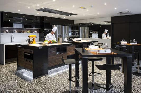 Quelle meilleure école que celle de Paul Bocuse pour s'initier à la pâtisserie ?
