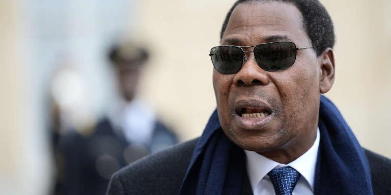 Le président du Bénin Thomas Boni Yayi sortant de l'Elysée le 8 février 2016.