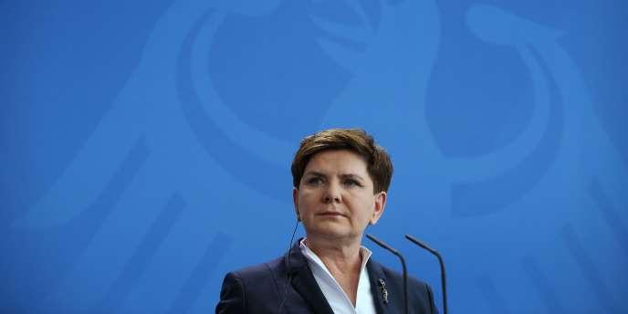 La premier ministre Beata Szydlo lors d'une conférence de presse à Berlin, en Allemagne, le 12 février 2016.