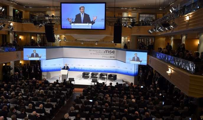 Lors du discours de John Kerry au sommet sur la sécurité de Munich.