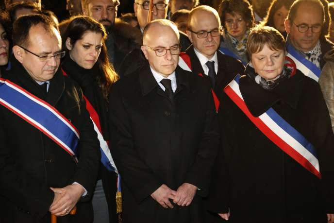 Bernard Cazeneuve à la cérémonie d'hommage à Ilan Halimi organisée à Bagneux dix ans après sa mort.