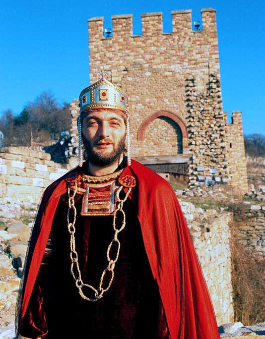 Trifon Ivanov en roi médieval dans sa ville natale de Veliko Tarnovo en 2013.