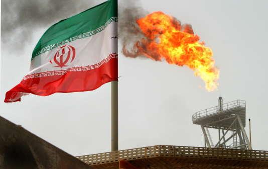 Plate-forme pétrolière iranienne, dans le Golfe persique.
