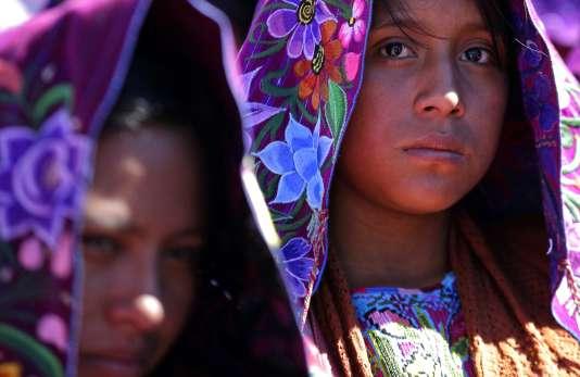 Jeunes filles du Chiapas (Mexique).