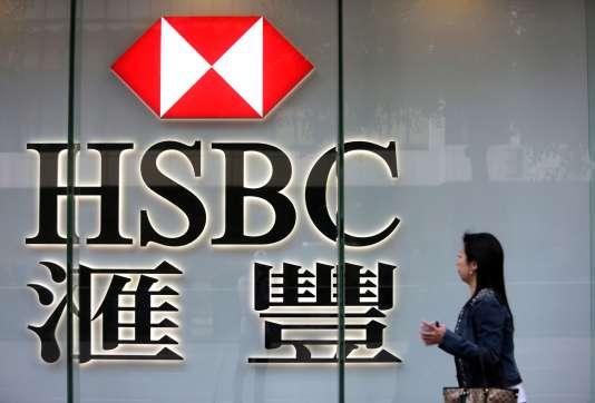 HSBC réalise plus de la moitié de son activité en Asie et voit passer près de 10% des paiements internationaux libellés en dollars.