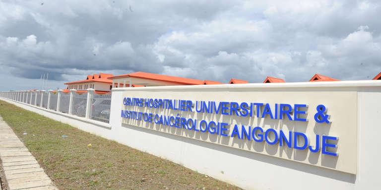 Le centre hospitalier universitaire et institut de cancérologie à Angondje, dans la banlieue de Libreville au Gabon.