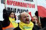 Des commerçants manifestent à Varsovie contre les augmentations d'impôts, le 11 février.