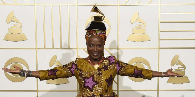 Angelique Kidjo lors de la 58e édition des Grammy Awards au Staples Center à Los Angeles. (Photo by Chris Pizzello/Invision/AP)