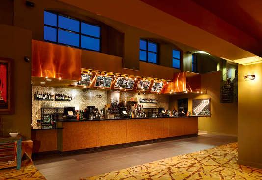 Au Sundance Sunset de Los Angeles, les plats ont été spécialement conçus pour être mangés dans le noir, sans faire de bruit.