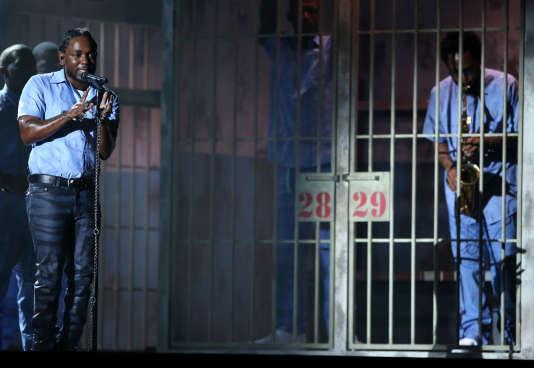 La performance de Kendrick Lamar lors de la 58e cérémonie des Grammy Awards, le 15 février à Los Angeles.