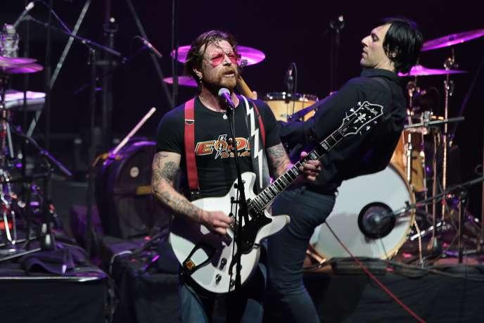Jesse Hugues lors du concert de Eagles of Death Metal à l'Olympia, le 16 février 2016.