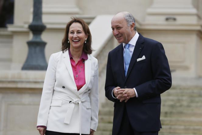 La ministre de l'environnement, Ségolène Royal, remplacera Laurent Fabius à la présidence de la COP21.