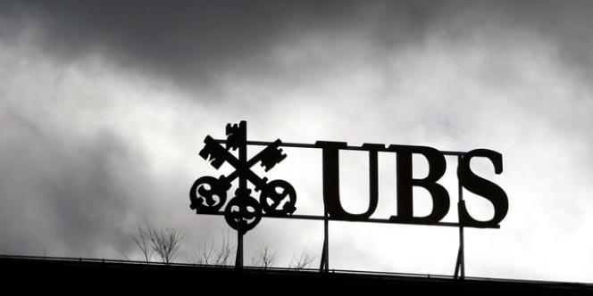 Les dates des procès en France de la banque suisse UBS et de sa concurrente britannique HSBC, accusées de démarchage illicite de clients et de blanchiment de fraude fiscale, ne sont toujours pas connues.