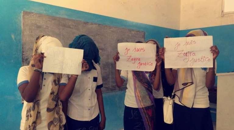 Manifestation de soutien dans le lycées de Zouhoura.