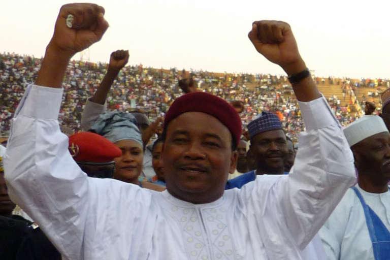 Le président sortant, Mahamadou Issoufou, lors d'un meeting à Niamey, le 8 mars 2011.