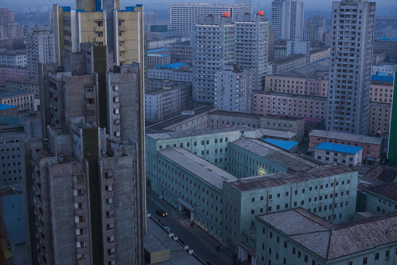 Le centre de Pyongyang, à l'aube, le 12 avril 2011.