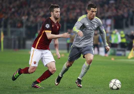 Pour la première de Zidane en Ligue des champions, le Real Madrid a battu l'AS Roma.