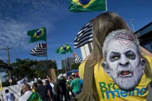 Manifestation anti-gouvernementale à Sao Paulo, le 17 février.